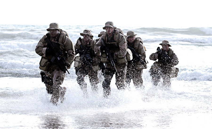 Navy-SEALs-in-water.jpg
